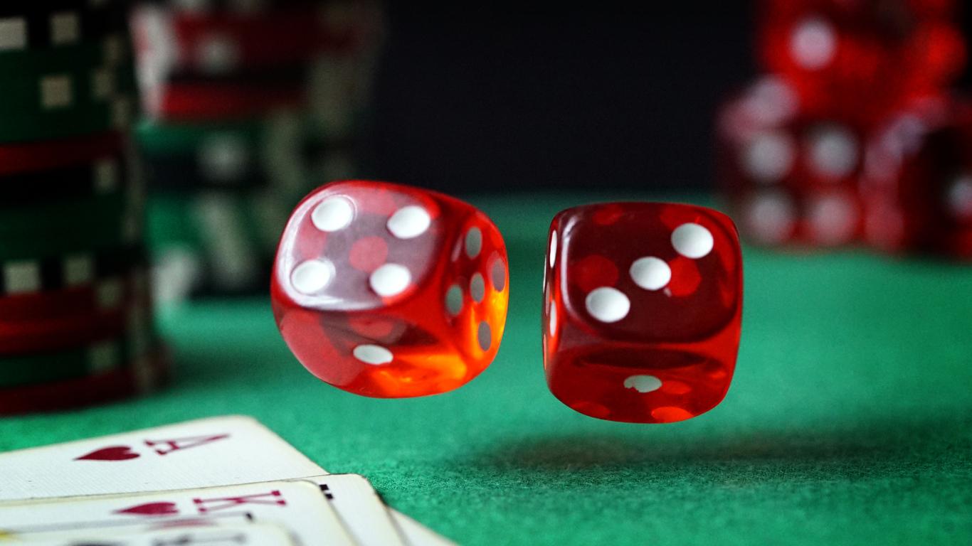 Accessibilitat i al·licients en publicitat: factors que incrementen la quantitat i la gravetat de les addiccions al joc