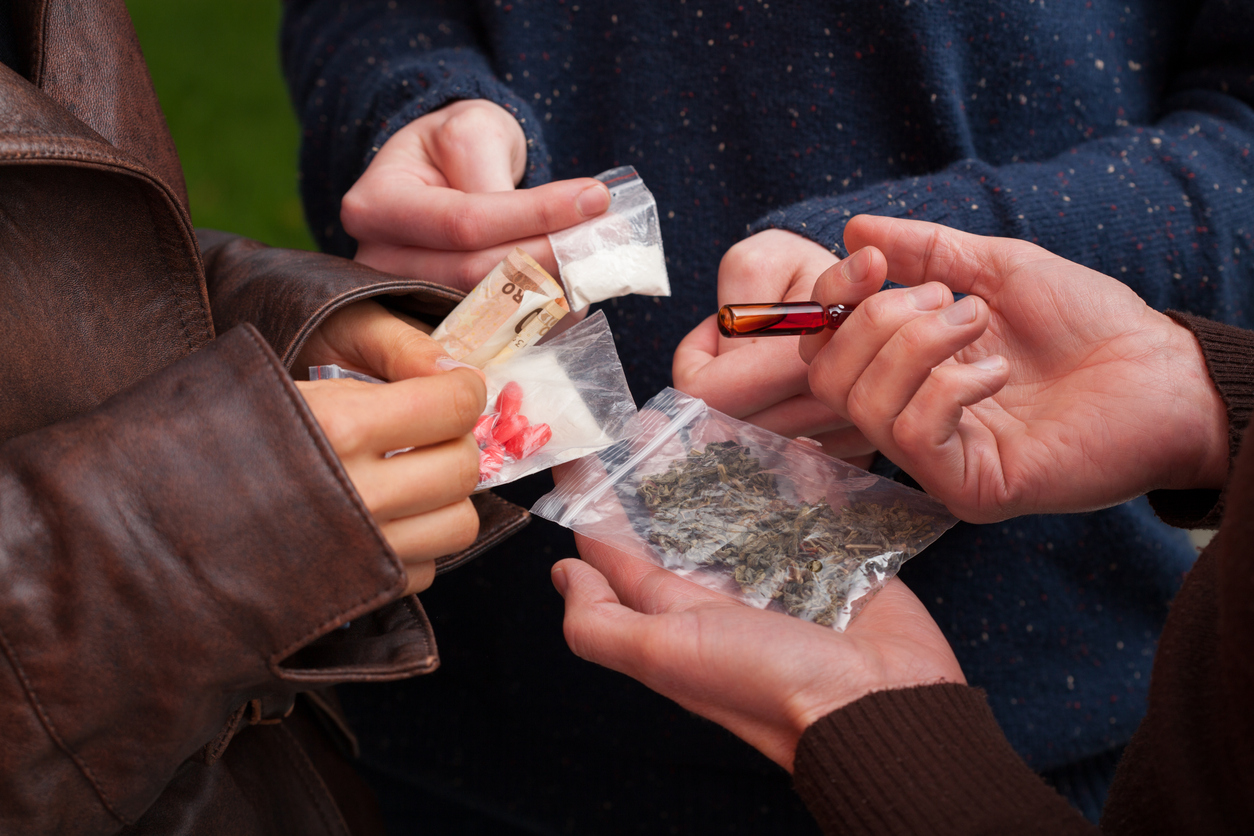 Evadir-se és el primer motiu pel consum entre els estudiants de 1r i 2n d'ESO que es droguen