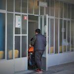 """El CAP Raval Nord no es rendeix: la dignitat de treballadors i veïns guanya a la """"decepció i el malestar"""""""