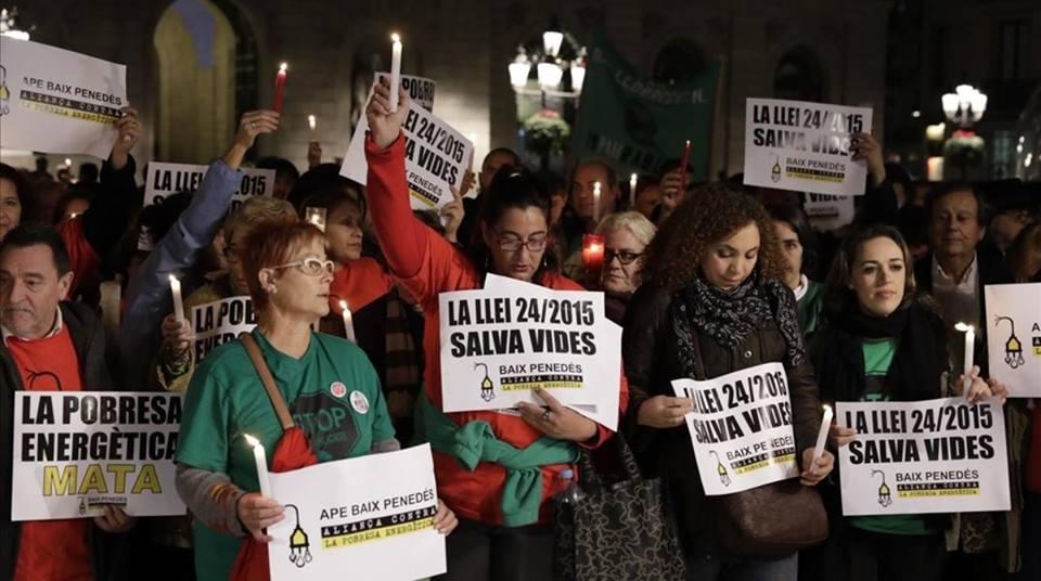 El dret universal als subministraments, el gran oblidat als programes electorals a Barcelona